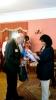 Борис Возницький і Тамара Сеніна під час вручення пам'ятних дарунків